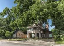 Bringing Home the Vacation Vibe: Gable Roof Hewn House in Austin