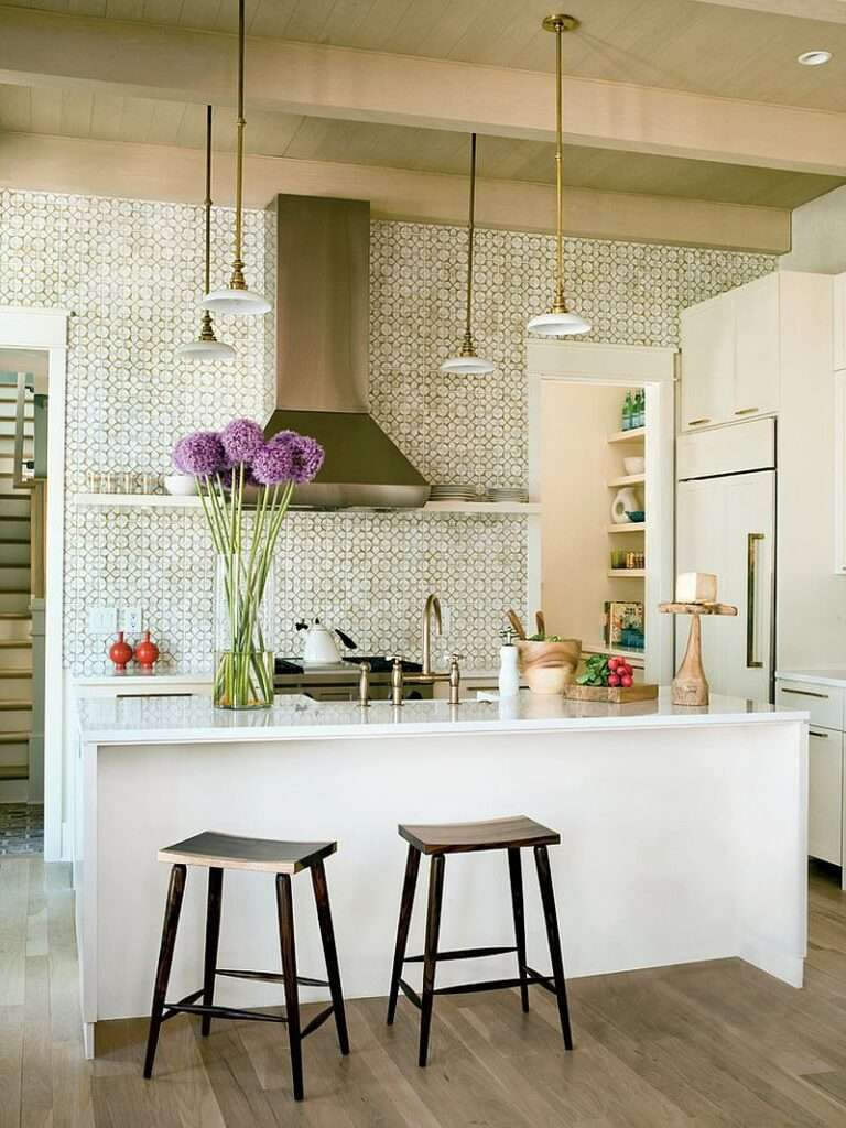 25 Feel-Good Kitchens Filled with Smart Functionality: 3 Styles to Try Out Now!
