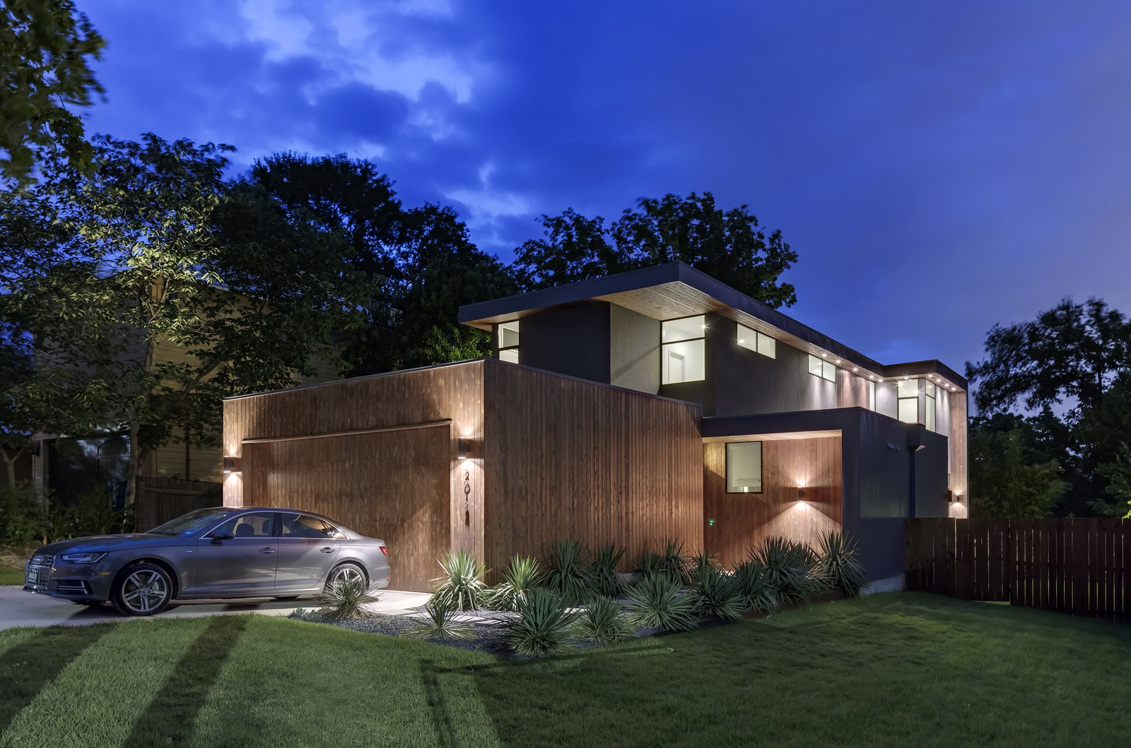 Add/Subtract House by Matt Fajkus Architecture | Photo by Charles Davis Smith
