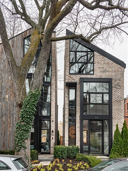 In Toronto's West End lies Sorauren 116, one half of a dual residential development that was completed over an arduous, three-year period by architects from Ancerl Studio.