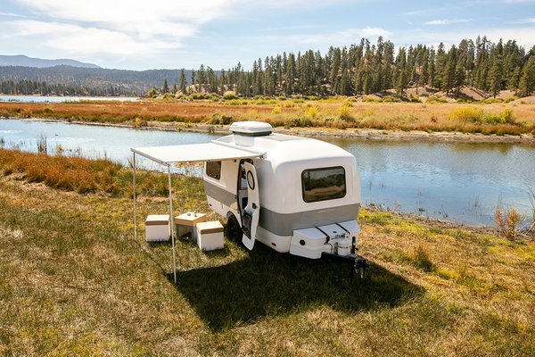 The 2020 Traveler comes packed with all the conveniences of a modern home, making it easy to camp at length.