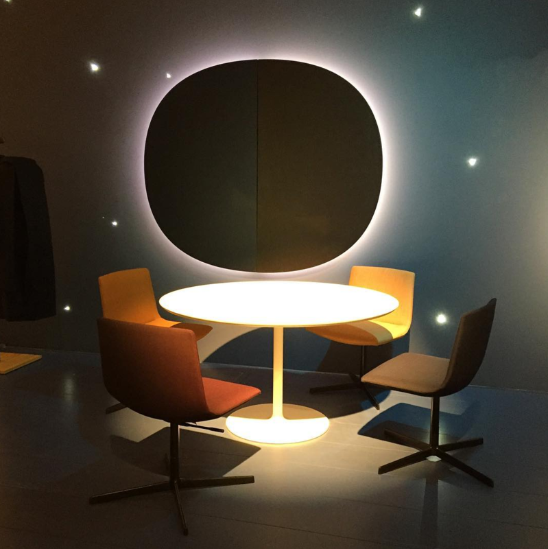 An office vignette showcasing furnishings by Arper from the 2016 Salone del Mobile.