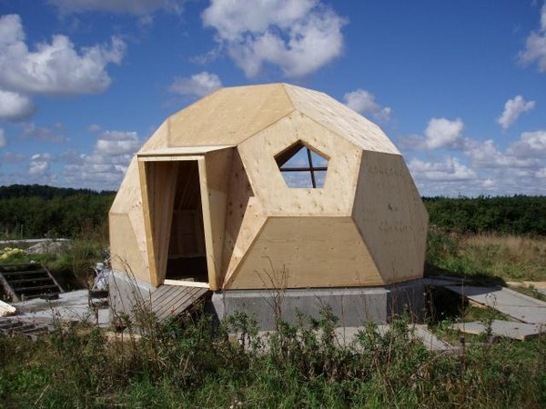 Denmark-based Easy Dome Ltd offers kits for building tiny 270-square-foot dome dwellings for less than $14,000. The roof provides enough height for a lofted sleeping area, and they can be customized to include skylights, energy-efficient windows with triple-pane glazing, green roof panels, and aluminum finishes in a range of colors.