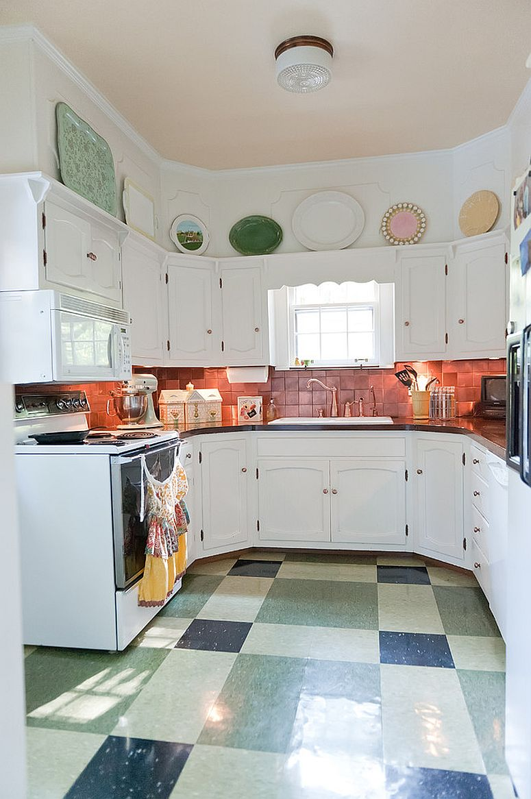 Shabby chic kitchen with space-savvy design and copper backsplash [From: Kristie Barnett, The Decorologist / Melanie G Photography]