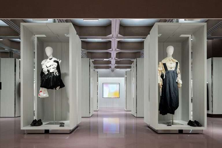 transformable cabinets structure 'J1M5' boutique by various associates in china