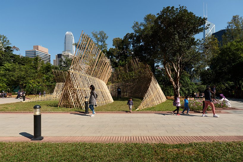 impromptu erects bamboo 'chasing sounds', a spatial stage design in hong kong