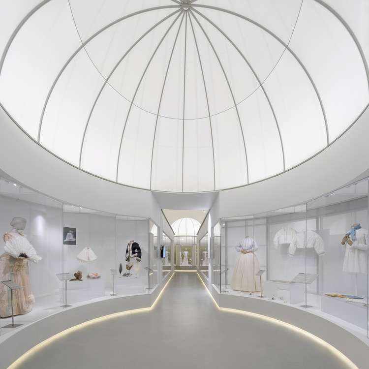 Spatial Design of the Exhibition Fashioned from Nature / Studio 10, © Chao Zhang