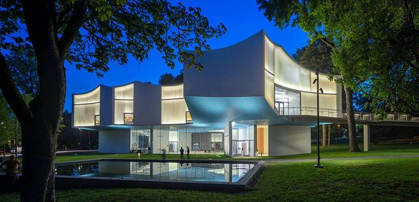 https://myproperty.life/wp-content/uploads/2021/03/watch-steven-holl-elizabeth-diller-join-architects-not-architecture-on-its-virtual-world-tour.jpg