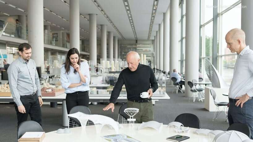 norman foster explores the future of the urban context with his 'on cities' masterclass