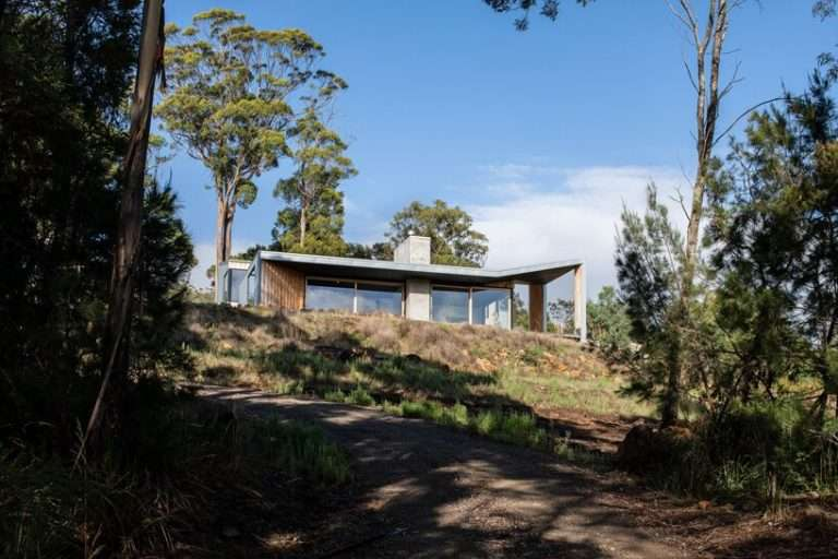 cumulus studio completes 'clever, not posh' family home in tasmania