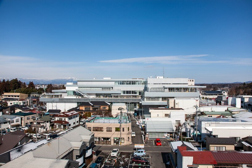 UNEMORI ARCHITECTS on building sukagawa community center after japan's earthquake