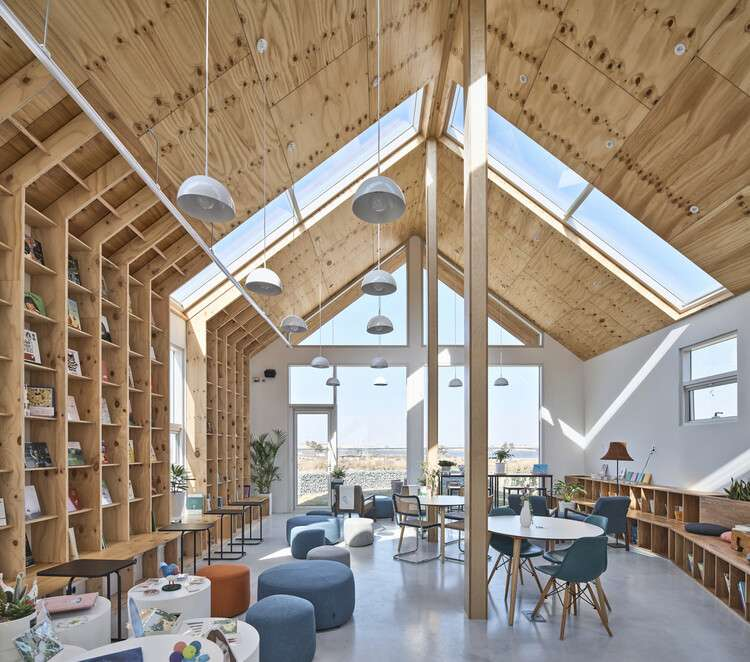 Book Strolling House / Todot Architects and Partners, © Choi Jinbo
