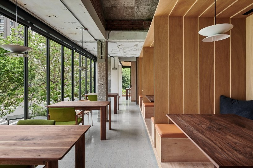 atelier SUPERB turns an old concrete townhouse into a new restaurant in taiwan