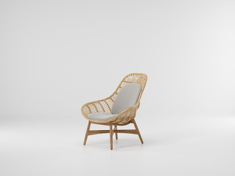 striking vertical lines define naoto fukasawa's new 'tou' chair for kettal