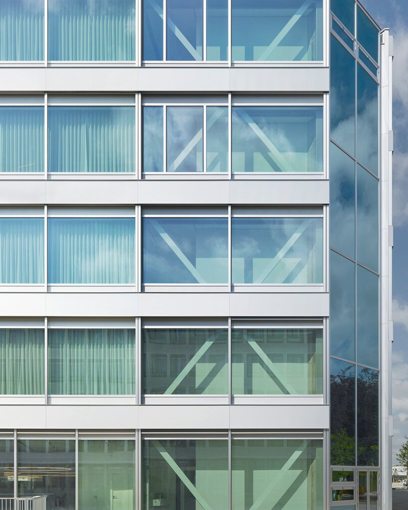 workspace for the future: christ & gantenbein on the new roche multifunctional building